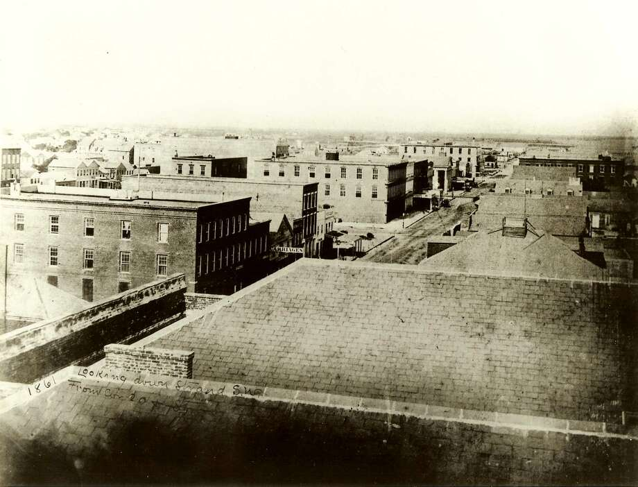 The exterior of the Strand, with the Hendley Row buildings on the left, is shown in this 1861 photo. Of Greek revival design, the Hendley was the city's most expensive pre-Civil War 