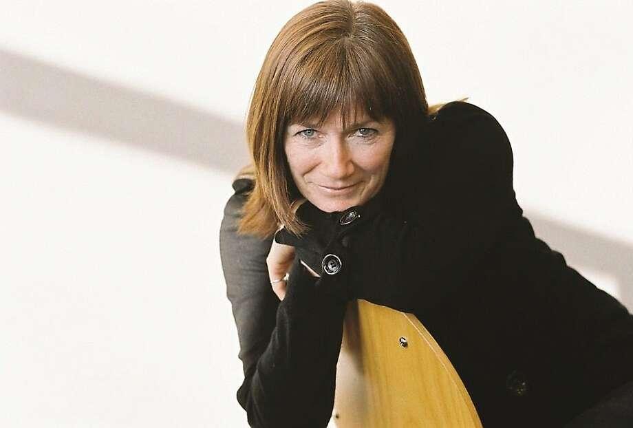 Nell Leyshon Photo: Anita Schiffer-Fuchs