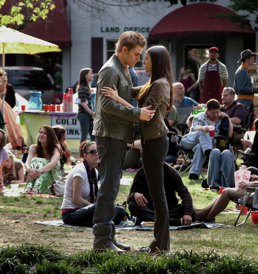 Paul Wesley and Nina Dobrev in the CW series The Vampire Diaries. (Photo Credit: Annette Brown/The CW.) Photo: Annette Brown, THE CW / ©2010 The CW Network, LLC. All Rights Reserved.
