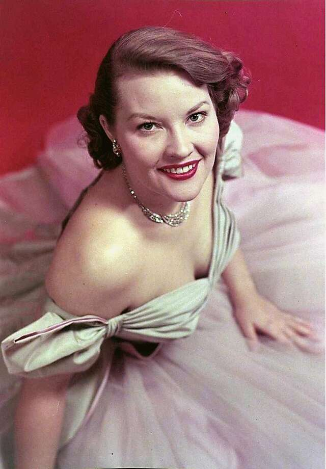 "Patti Page's biggest single was ""Tennessee Waltz,"" which was originally a B side to a Christmas song. Photo: Hulton Archive, Getty Images"