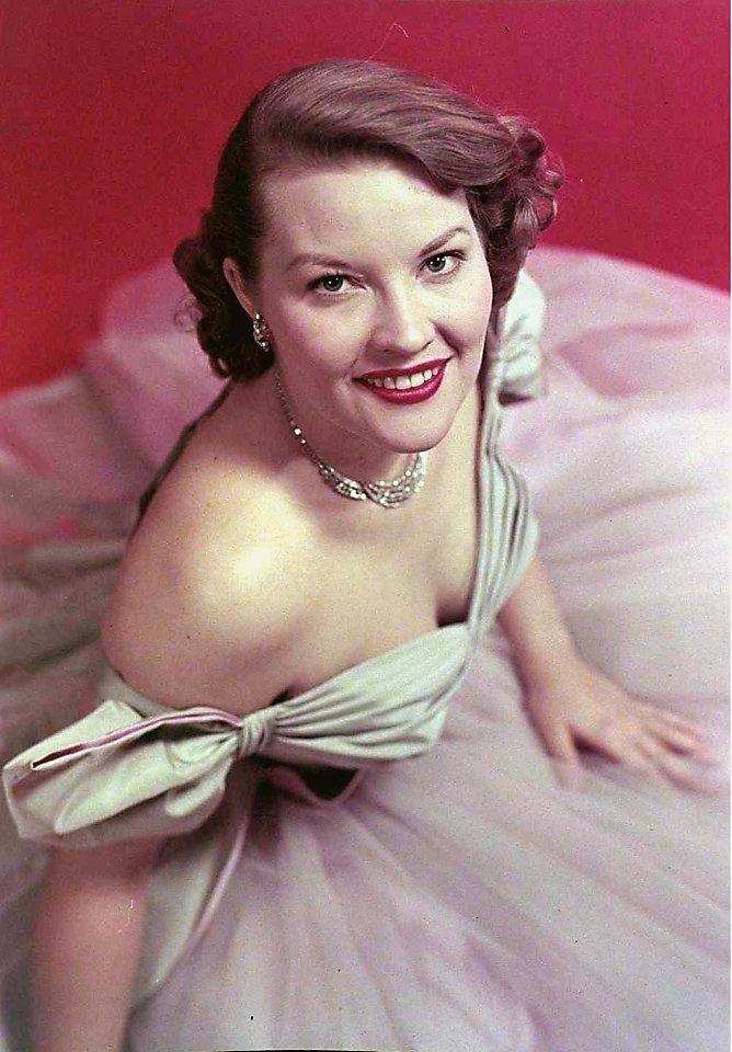 Patti Page, Popular '50s Singer, Dies
