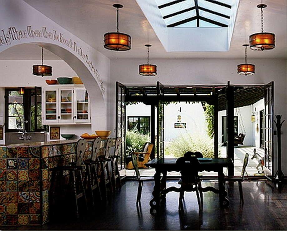 Diane Keaton's Spanish looking kitchen. Photo via Home Bunch Blog and Stephen Shadley Designs.