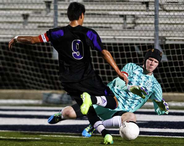 The Rangers boys soccer team is counting on returning players, including  goalie Caleb Jenkins pictured here defending a goal attempt. Photo: MARVIN PFEIFFER, Marvin Pfeiffer / Bulverde / Prime Time Newspapers 2012