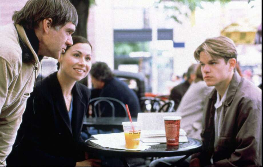 398325 (BC-BPI-OSCARS-NOMINEES) 398311 (BC-BPI-OSCARS-NOMINEES-TREND) From left to right, Director GUS VAN SANT on the set of 'GOOD WILL HUNTING' with MINNIE DRIVER and MATT DAMON.  BPI DIGITAL PHOTO  MIRAMAX FILMS CR: GEORGE KRAYCHYK Photo: GEORGE KRAYCHYK / MIRAMAX FILMS