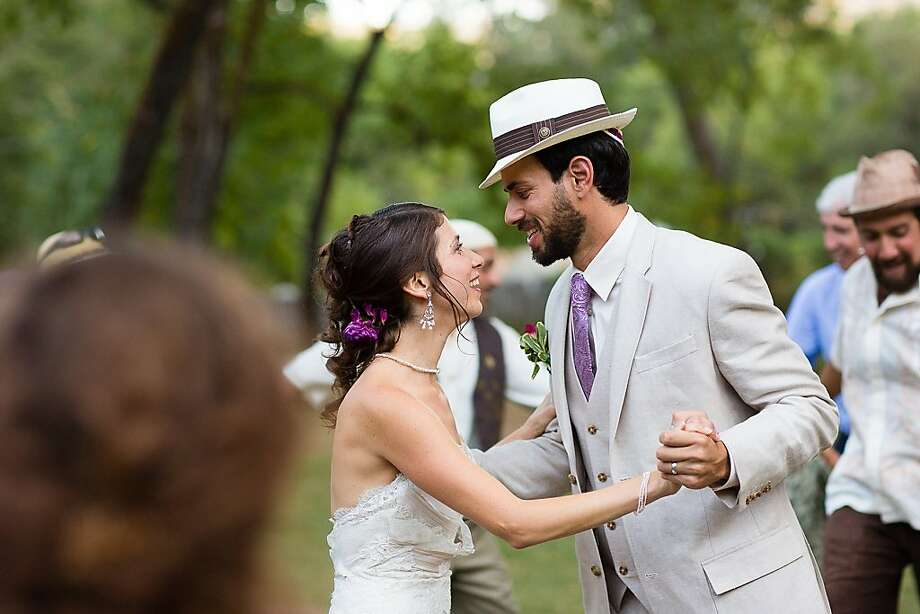 Rachel Kaplan and Doug Chermak refrained from seeing each other for a week before the wedding. Photo: Marcel And Meher Photography, Agency