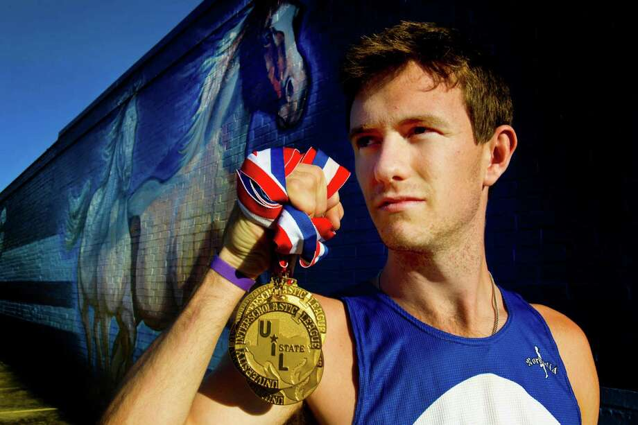 Friendswood's Ryan Teel credits more training mileage for winning the big meets, which earned him the area's top boys cross country runner honors. Photo: Billy Smith II, Staff / © 2013 Houston Chronicle