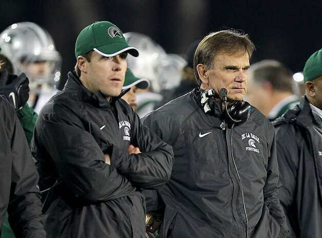 Justin Alumbaugh (left), a De La Salle assistant coach since 1998, is expected to succeed Bob Ladouceur (right). Photo: Dennis Lee, MaxPreps.com