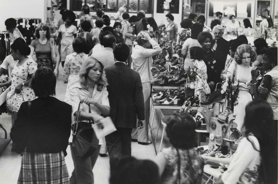 In the 1970's, department stores like Foley's were one-stop destinations, where people of all ages bought clothes, furniture and home electronics. Photo: Blair Pittman, HOUSTON CHRONICLE / HOUSTON CHRONICLE