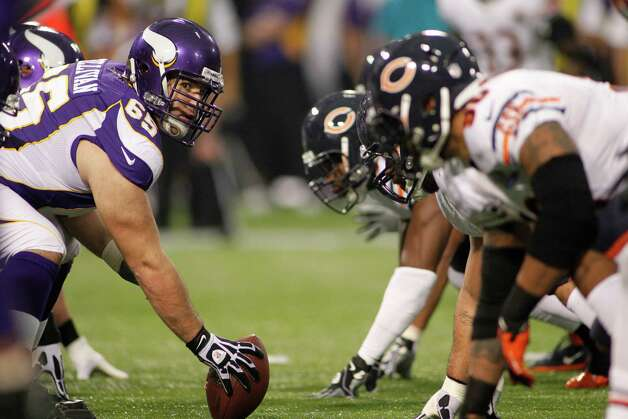Minnesota Vikings center John Sullivan waits to snap the ball during the first half of an NFL football game against the Chicago Bears Sunday, Dec. 9, 2012, in Minneapolis. (AP Photo/Andy King) Photo: Andy King, AP / FR51399 AP