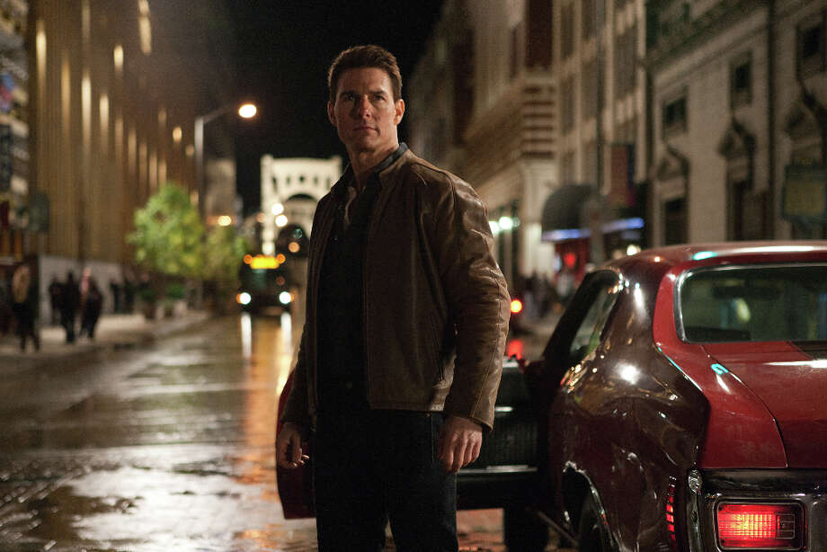 Karen Ballard/Paramount Pictures Tom Cruise is Reacher in JACK REACHER, from Paramount Pictures and Skydance Productions. Photo: Photo Credit: Karen Ballard, Karen Ballard / © MMXII Paramount Pictures Corporation.   All Rights Reserved.