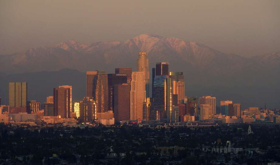 Los Angeles had 17,264 burglaries in 2011, according to the FBI Uniform Crime Report. The total ranked it the sixth highest in the U.S. Photo: (AP Photo/Mark J. Terrill)