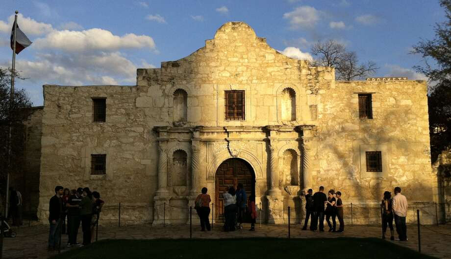 San Antonio had 15,334 burglaries in 2011, according to the FBI Uniform Crime Report. The total ranked it the eighth highest in the U.S. Photo: BILLY CALZADA, SAN ANTONIO EXPRESS-NEWS