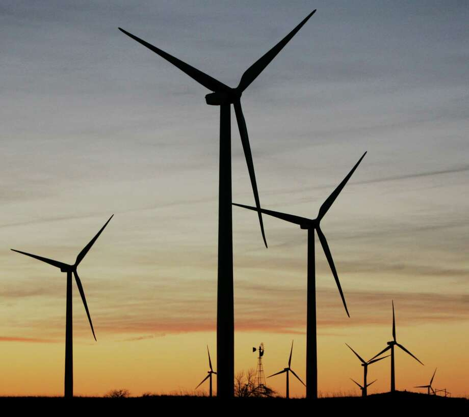 Texas should applaud the extension for one year of a U.S. tax credit for wind power. Photo: Associated Press / AP