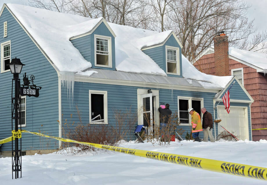 Scene of fatal fire at 2241 Niskayuna Drive, Friday Jan. 4, 2013, in Niskayuna, N.Y.  A teenage girl reportedly died in the fire. (Lori Van Buren / Times Union) Photo: Lori Van Buren