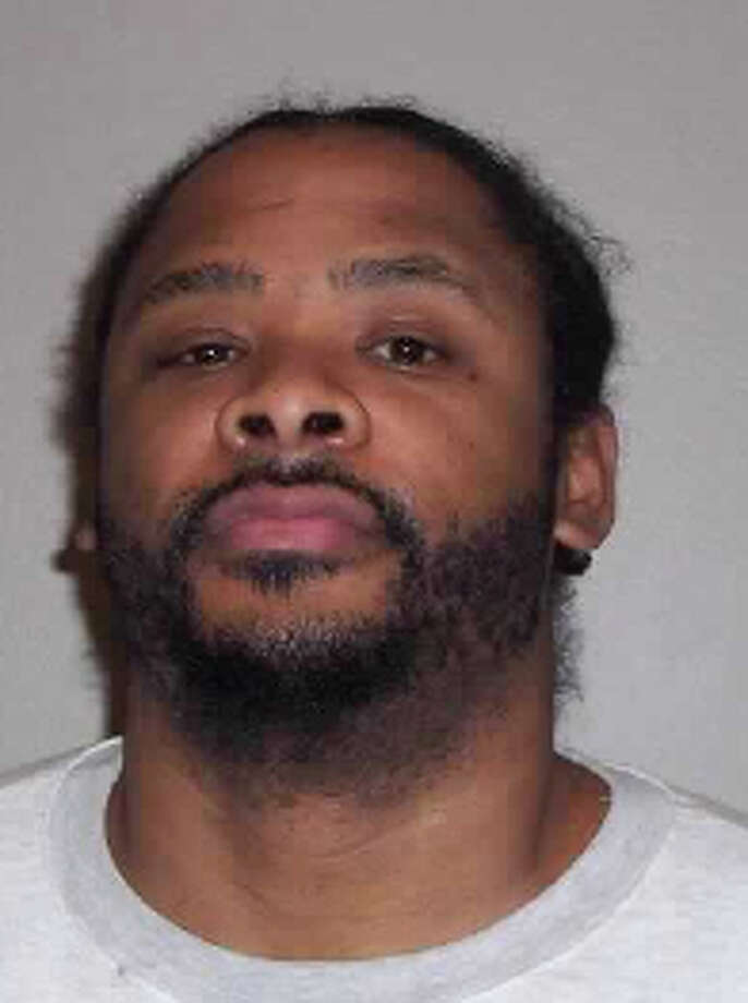 Gergory L. Levingston, a 37-year-old also known as Elvard Smith, Gregory Washingtoin and Scoobydoo, was previously convicted in Kitsap County of failing to register as a sex offender. A warrant for the California man's arrest was issued June 6, 2012. Anyone with information can contact the Department of Corrections at 866-359-1939 or by visiting doc.wa.gov. Photo: Washington State Department Of Corrections