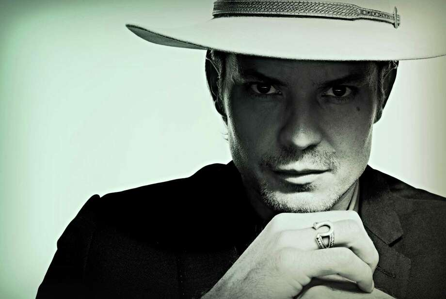 "Timothy Olyphant stars as Deputy U.S. Marshal Raylan Givens in ""Justified."""