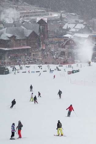 Skiers at Snowmass ski resort Saturday, Dec. 8, 2012, in Aspen. Photo: Michael Paulsen, Houston Chronicle / © 2012 Houston Chronicle