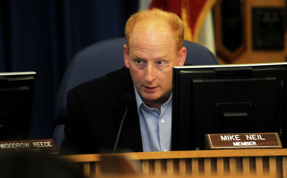 BISD board member, Mike Neil addresses the board during the meeting at the BISD Administration Building in Beaumont, Thursday, March 15, 2012. Tammy McKinley/The Enterprise Photo: TAMMY MCKINLEY