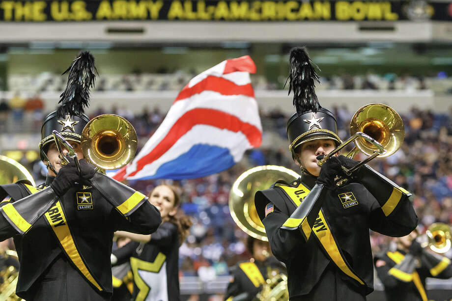 The U.S. Army All-American Marching Band performa at halftime of the 13th U.S. Army All-American Bowl at the Alamodome on Jan. 5, 2013.  MARVIN PFEIFFER/ mpfeiffer@express-news.net Photo: MARVIN PFEIFFER, Express-News / Express-News 2012