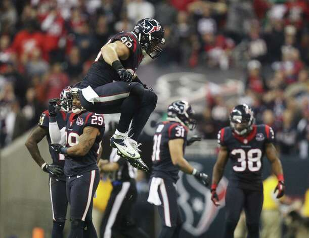 Houston Texans outside linebacker Connor Barwin celebrates after stopping the Cincinnati Bengals during the fourth quarter of an NFL wild card playoff football game Saturday, Jan. 5, 2013, in Houston. (AP Photo/Patric Schneider) Photo: Patric Schneider, Associated Press / AP