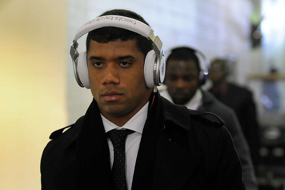 Seattle Seahawks quarterback Russell Wilson arrives at FedEd Field before an NFL wild card playoff football game between the Washington Redskins and the Seattle Seahawks in Landover, Md., Sunday, Jan. 6, 2013. Photo: AP