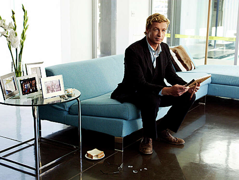 The Mentalist: 9 p.m. CBSReturns Jan. 6 Photo: LANCE STAEDLER, CBS / 2008 CBS BROADCASTING INC. ALL RIGHTS RESERVED
