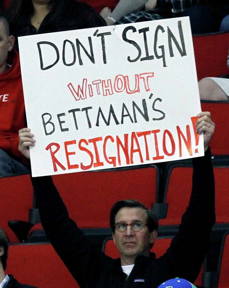 A fan at the AHL game between Charlotte and Norfolk played in Raleigh, N.C., shows his displeasure with NHL commissioner Gary Bettman. At least the fans in Raleigh will get a chance to see the hometown Carolina Hurricanes soon, with an abbreviated season scheduled to begin this month. Photo: Chris Seward, MBR / Raleigh News & Observer