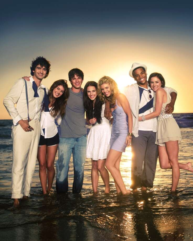90210: 8 p.m. The CWReturns Jan. 14 Photo: Patrick Ecclesine / ©2009 The CW Network, LLC. All rights reserved.