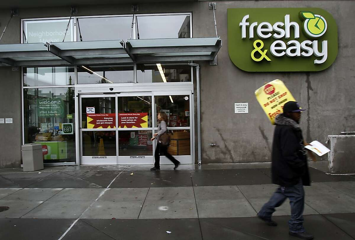 British supermarket chain Fresh and Easy announced it is considering pulling out of North America and closing all stores here, including two in San Francisco. Shoppers use the store on Third St. in San Francisco, Calif., Wednesday, December 5, 2012.