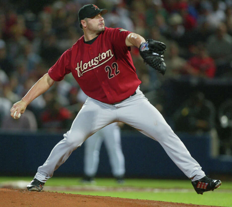 Roger Clemens was a hit during his first season with the Astros in 2004, going 18-4, starting for the National League in the MLB All-Star Game, winning his seventh Cy Young Award and helping the ballclub reach the NL Championship Series. Photo: Karen Warren, HOUSTON CHRONICLE / HOUSTON CHRONICLE