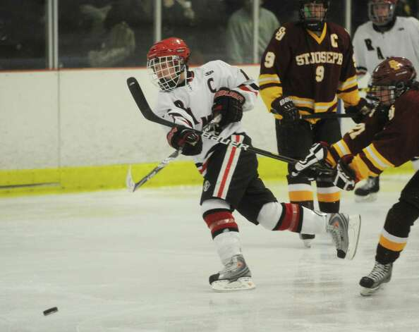 St. Joseph v. New Canaan FCIAC hockey at the Darien Ice Rink on Monday, January 7, 2013. Photo: Brian A. Pounds