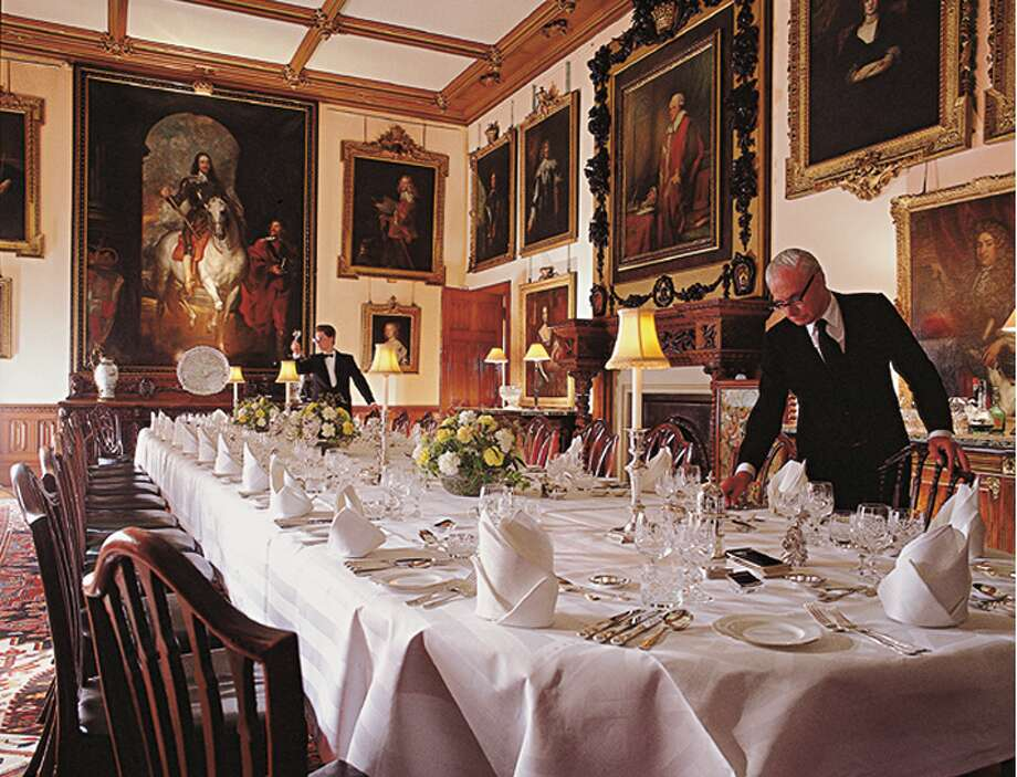 The dinner scenes are shot in the home's real state dining room, which includes the large picture of King Charles I on his horse that you can't miss in the background of pointed dinner conversations. (http://www.highclerecastle.co.uk)