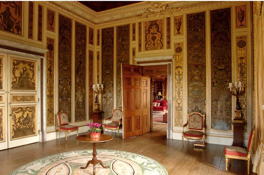 The music room. (http://www.highclerecastle.co.uk)