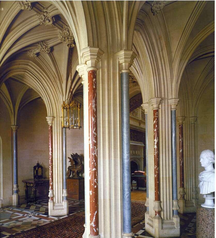 The main hall where so many secrets are overheard. (http://www.highclerecastle.co.uk)