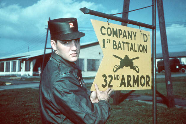 "ELVIS PRESLEY: ... the ""Pelvis"", in Army uniform at Company ""D"" 1st Battalion 32nd Armor, barracks area, Friedberg, West Germany. Undated picture. (AP-Photo)"