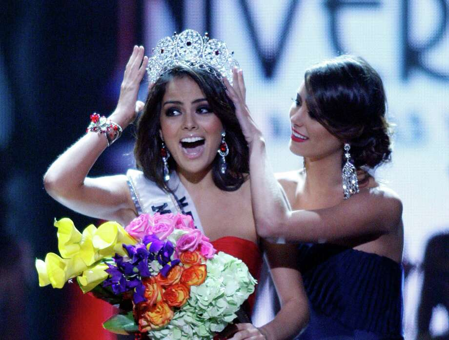 7. Ximena/Jimena2010 Miss Universe Jimena Navarrete of Mexico.  Photo: Isaac Brekken, AP / FR159466 AP