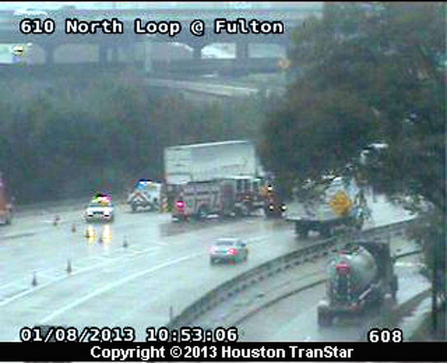 A lost load accident on Loop 610 North westbound has shut all lanes temporarily. Photo: Houston Transtar