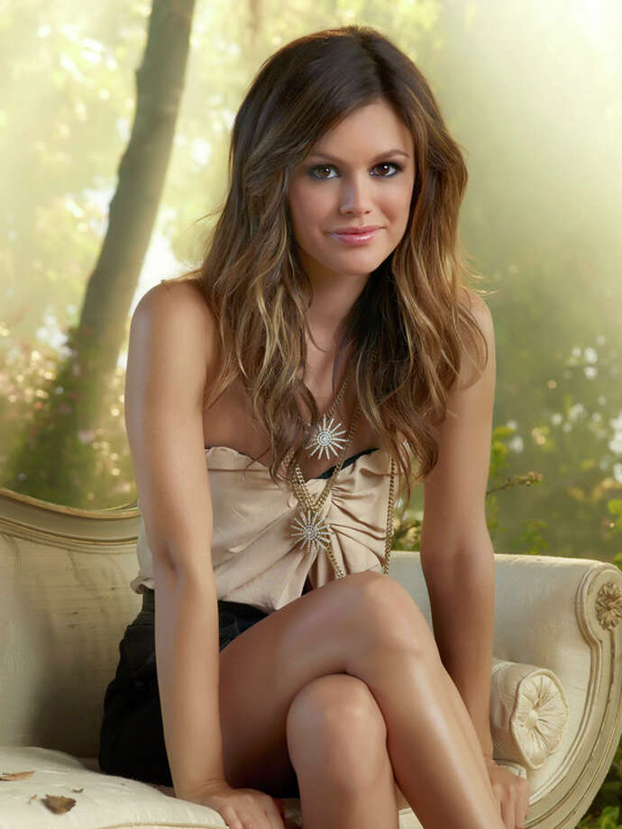 Hart of Dixie: 7 p.m. The CWReturns Jan. 15