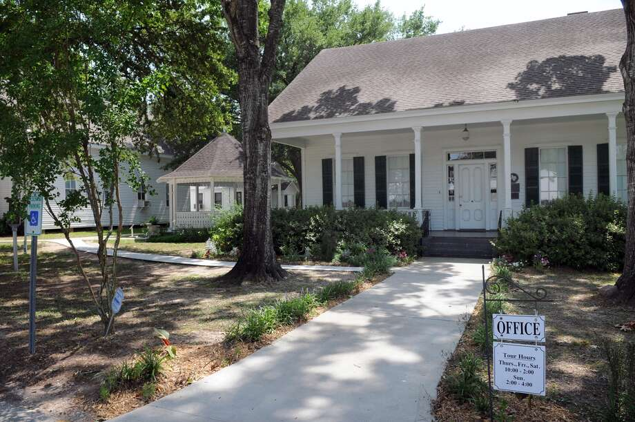 Tomball Museum CenterOld-timey houses in muted colors won't require you to color coordinate with the backdrop. 510 N. Pine Street, Tomball Photo: Jerry Baker, Freelance