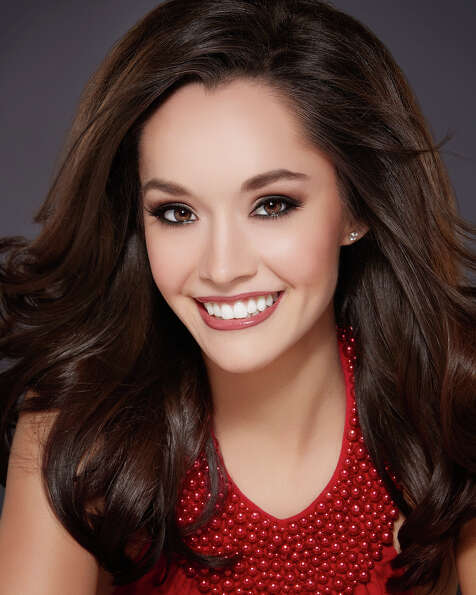 Miss Texas: DaNae CouchTalent: TwirlingCareer ambition: Civil litigati