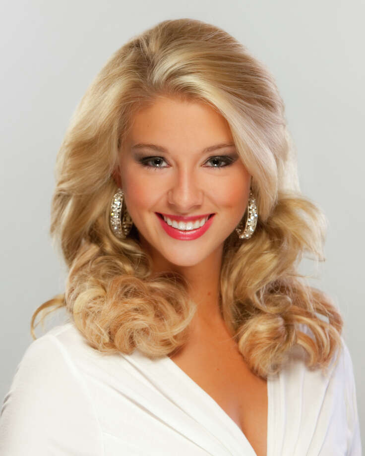 Miss Missouri: Tippe EmmottTalent: Ballet en pointeCareer ambition: To own and operate a dance studio Photo: MissAmerica.org