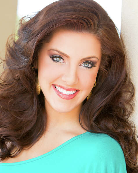 Miss Georgia: Leighton JordanTalent: Ballet en pointeCareer ambition: