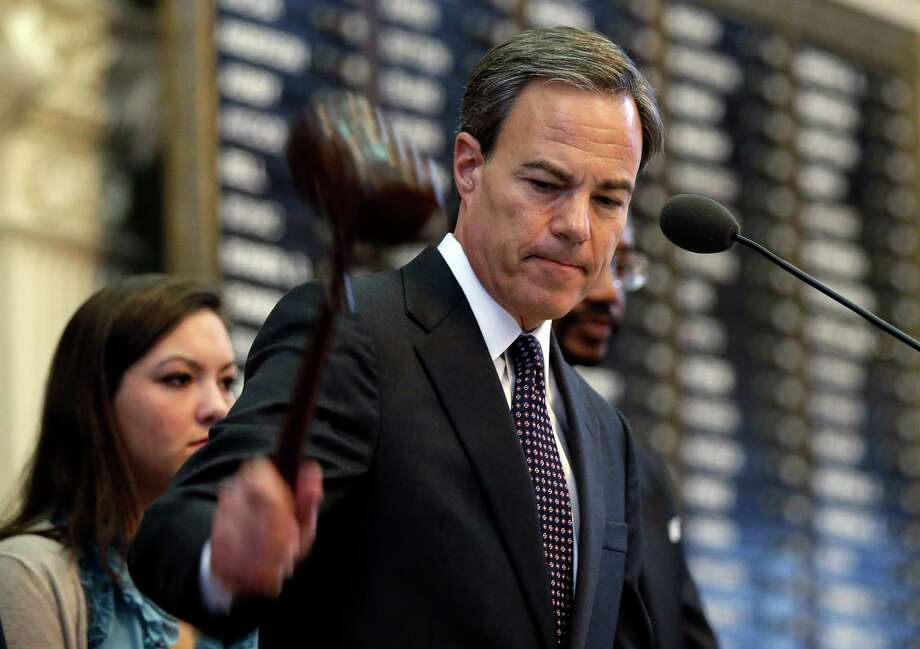 Texas Speaker of the House Joe Straus, R-San Antonio, adjourns the opening session of the 83rd Texas Legislature, Tuesday, Jan. 8, 2013, in Austin, Texas. (AP Photo/Eric Gay) Photo: Eric Gay, Associated Press / AP