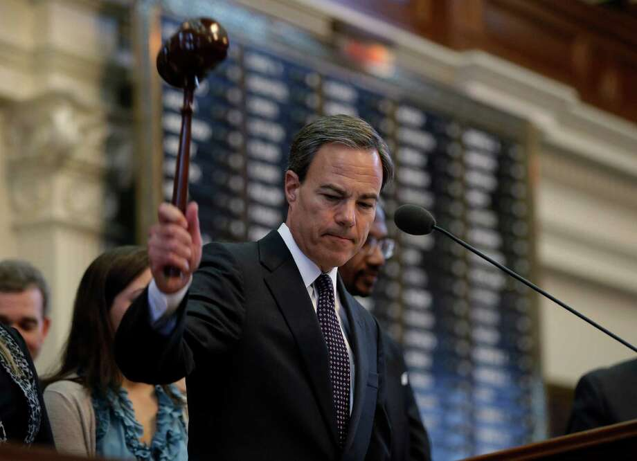 Texas Speaker of the House Joe Straus, R-San Antonio, adjourns the opening session of the 83rd Texas Legislature, Tuesday, Jan. 8, 2013, in Austin.  (AP Photo/Eric Gay) Photo: Eric Gay, Associated Press / AP