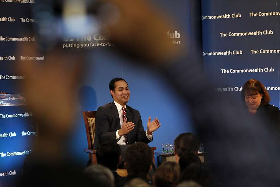 San Antonio Mayor Julian Castro speaks at the Commonwealth Club in San Francisco Monday. Photo: Carlos Avila Gonzalez, The Chronicle