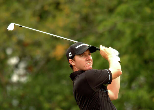 Jimmy Walker watches his ball fly during the final round of the Valero Texas Open at the La Cantera Resort on Sunday, Oct. 12, 2008. Photo: Billy Calzada, San Antonio Express-News / gcalzada@express-news.net