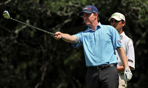 Jimmy Walker lines up his shot on the 14th tee box during the second round of the Valero Texas Open at the AT&T Oaks Course at TPC San Antonio on May 15, 2010. Photo: Tom Reel, San Antonio Express-News / © 2010 San Antonio Express-News