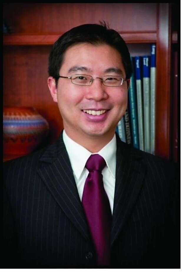 Leung Photo: -