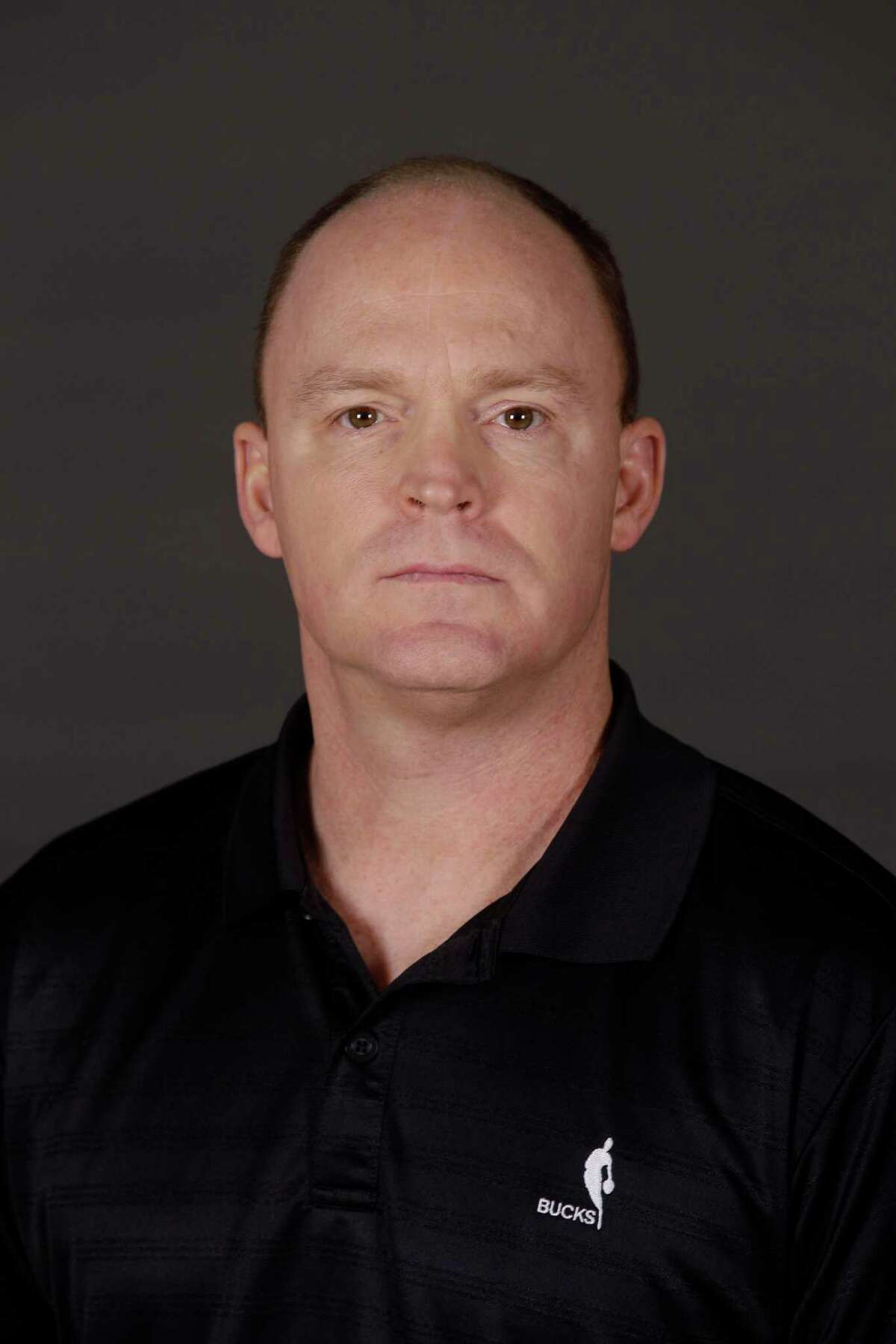 Milwaukee Bucks head coach Scott Skiles poses for a picture during the team's NBA basketball media day Saturday, Dec. 10, 2011, in St. Francis, Wis. (AP Photo/Morry Gash)