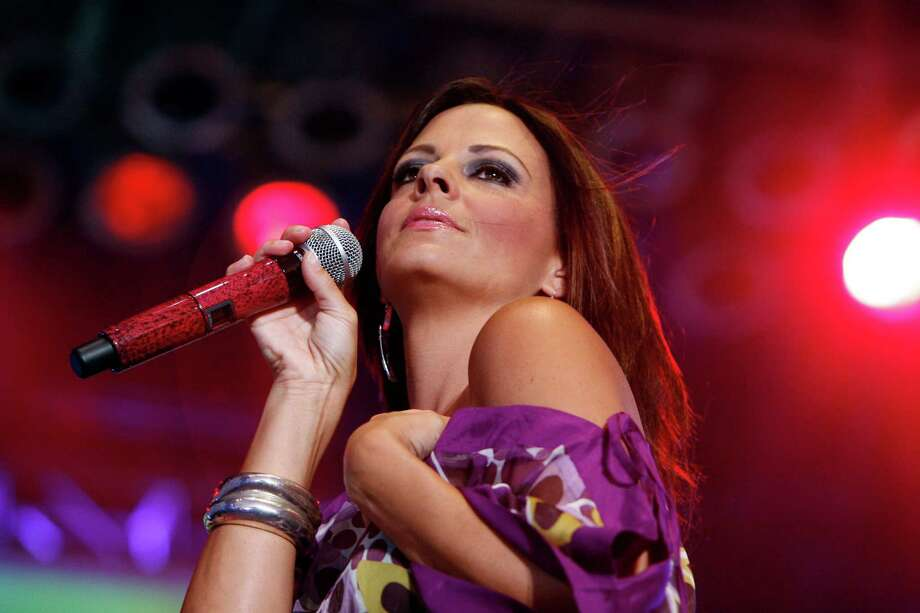 Sara Evans Photo: Johnny Hanson, Staff / Houston Chronicle
